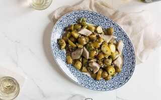 Салат с картофелем и сельдью по-лионски