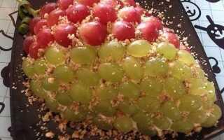 Нарядный салат «Тиффани» с курицей и виноградом