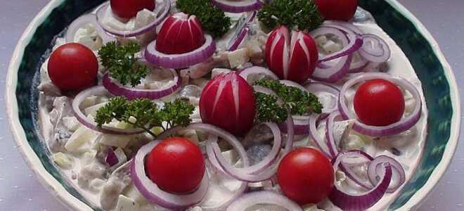 Немецкий салат с сельдью к картофелю