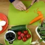 Закуска с яйцом, морковкой, огурцами