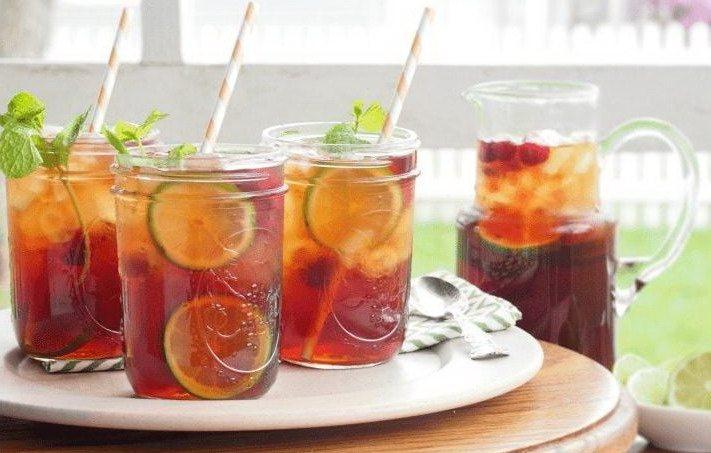 Освежающий летний чай с малиной и цитрусовыми